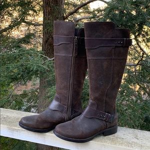 📌UGG Australia Dayle Brn Oiled Leather Boots